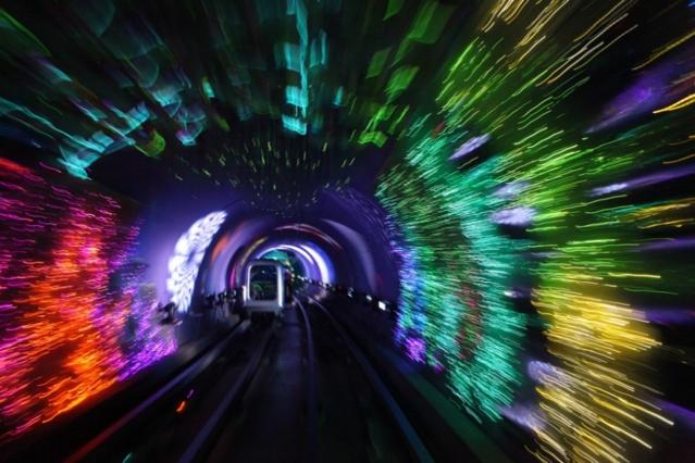 Bundsightseeing tunnel Shanghai – effetti di luce