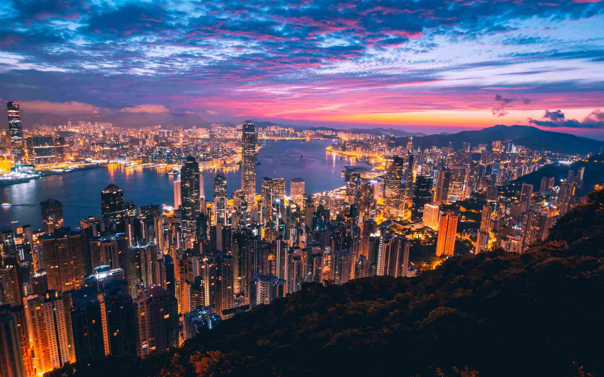 """Hong Kong è Cina o non è Cina? Tutto sulla città """"speciale"""""""